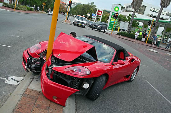 Ferarri Crash