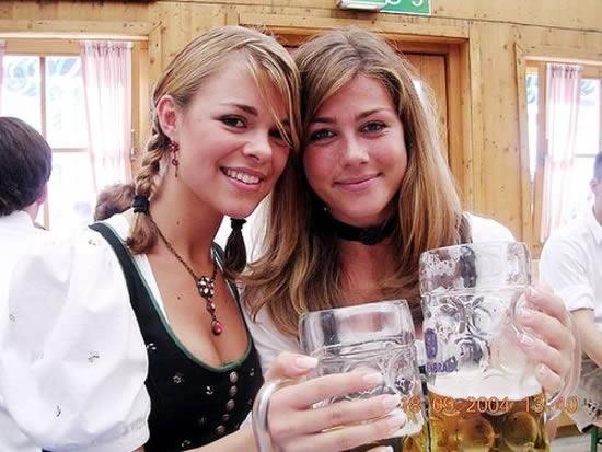 Frauen und Bier