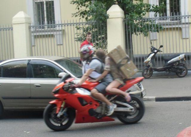 Grosse Sachen mit dem Motorrad transportieren